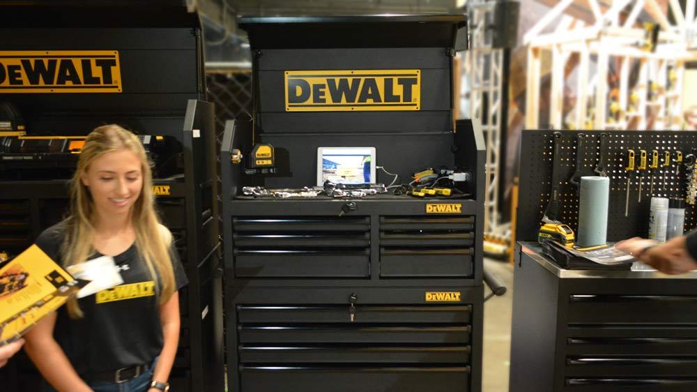 15_dewalt_toolbox.jpg