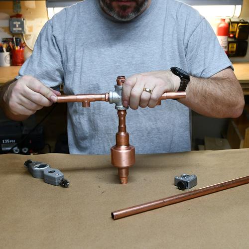 copper_plumbing_lamp.jpg