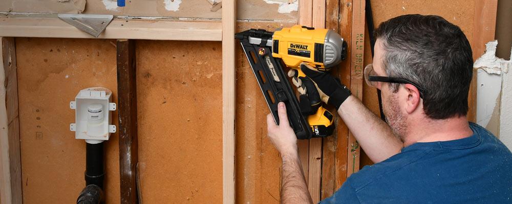 fc7f212d624 Review  The Dewalt 20V Cordless Framing Nailer in Action — AZ DIY Guy