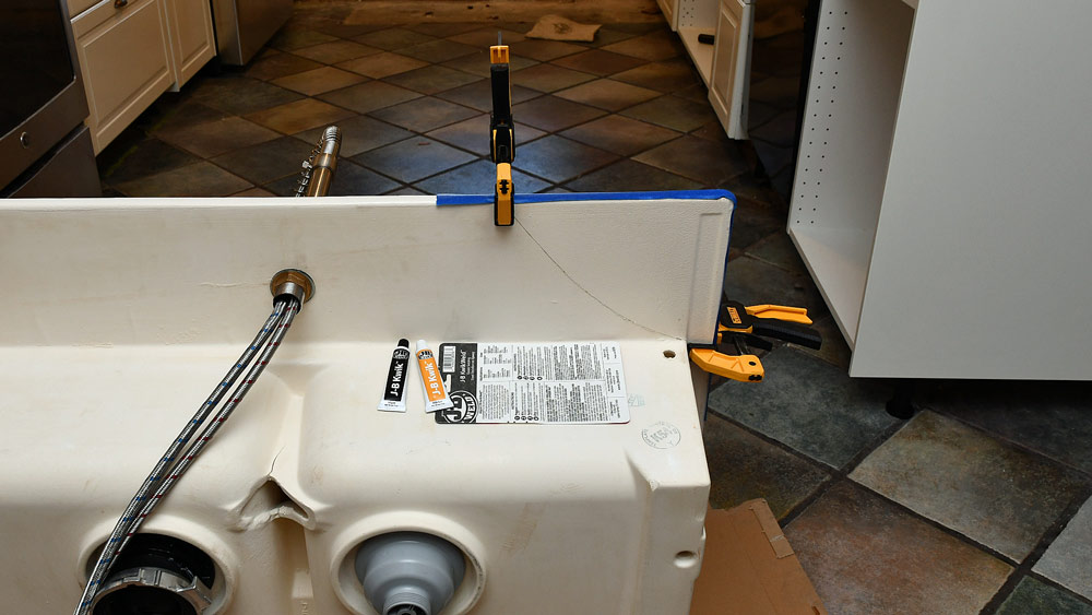 03-clamped-taped-countertop.jpg