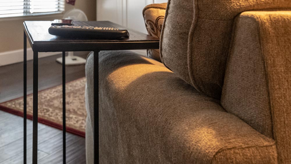 Couch-side C-table