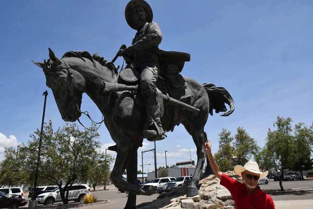 Statue of Pat Garrett