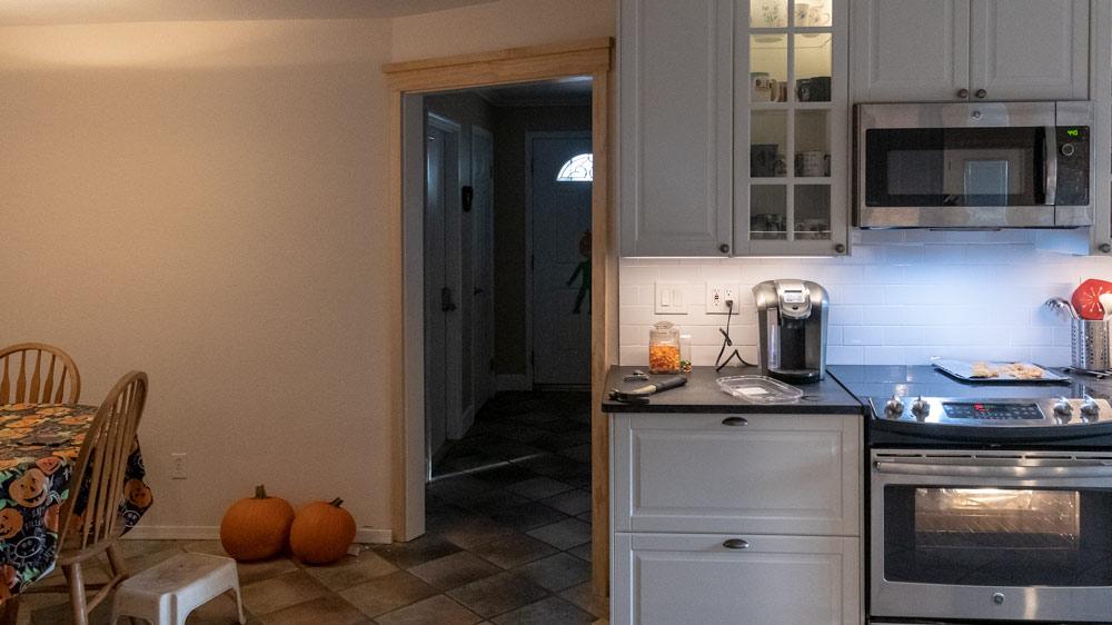 08-craftsman-trim-doorway.jpg