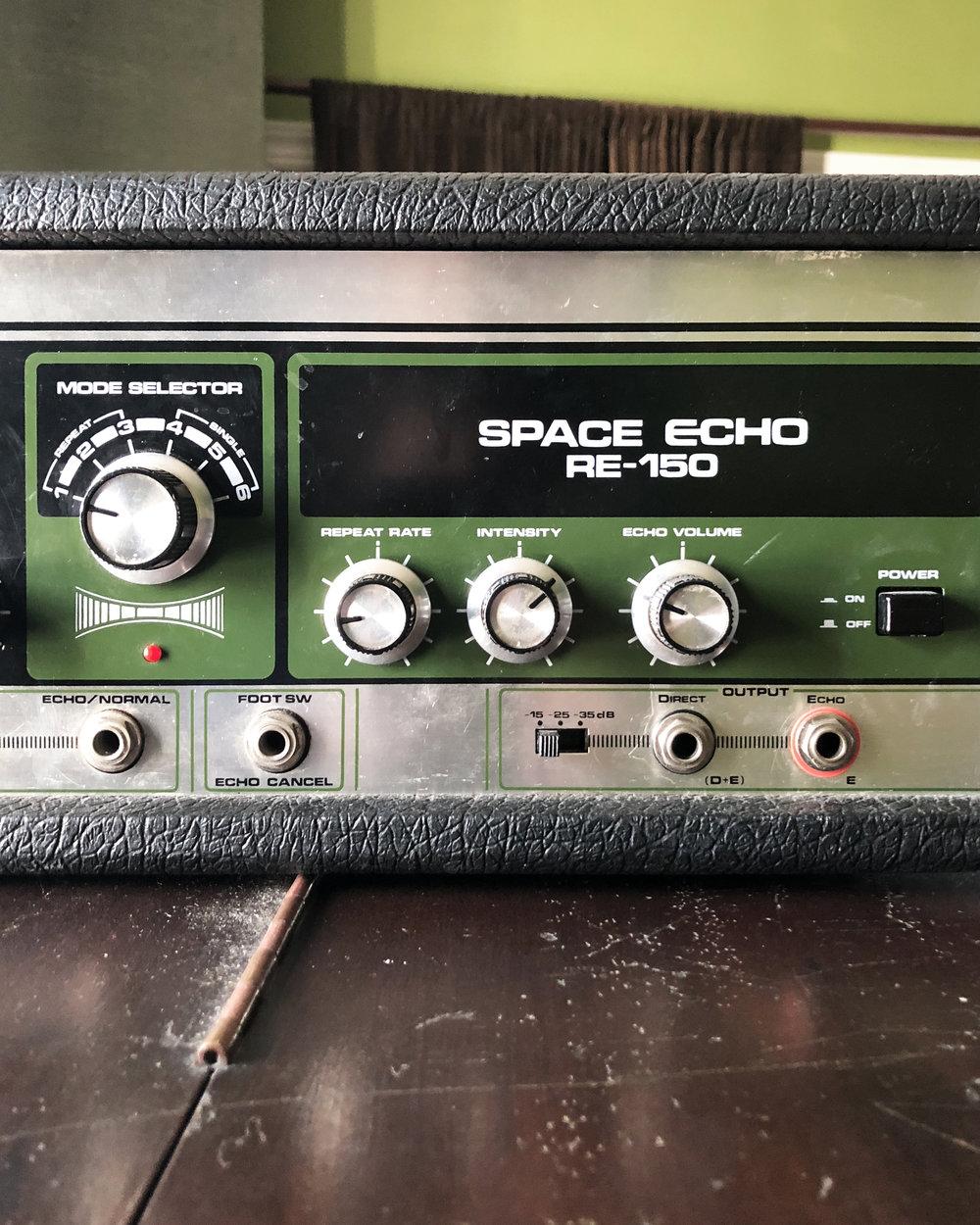 Roland RE150 Space Echo