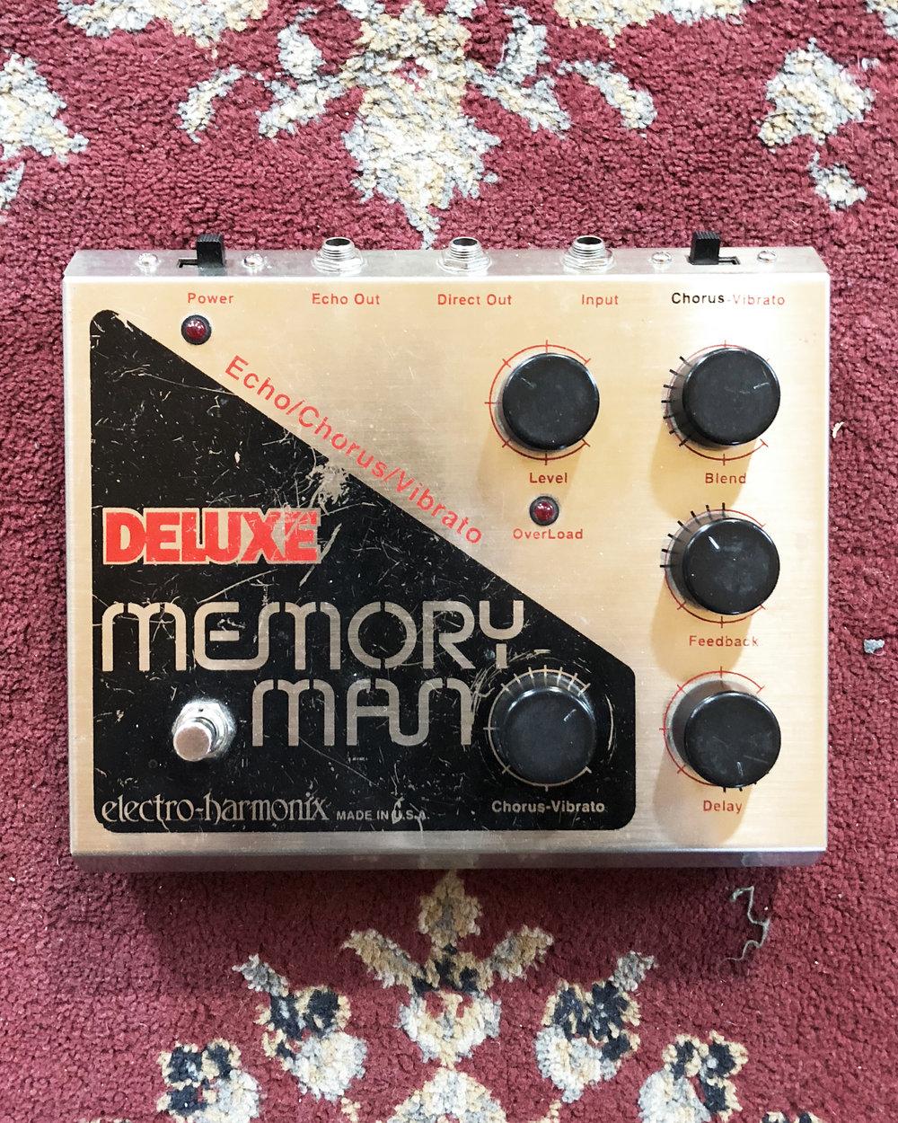 Electro-harmonix Deluxe Memory Man (1999)