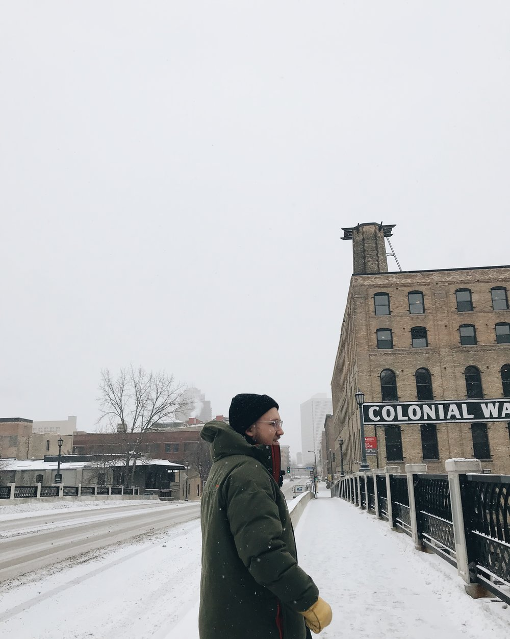 December, 29th, 2017 - spent one of the last days of 2017, getting brunch, drinking coffee and shopping around downtown Minneapolis on a snowy day. It felt like a dream.