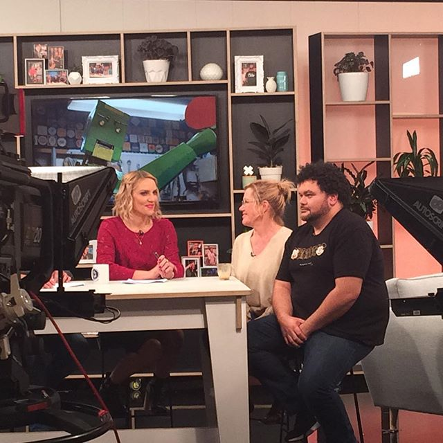 #robynmalcolm and @mrjoshthomson talking #twentyonepointsfilm this Friday morning on TV3, The Cafe 9-10am @thecafenz