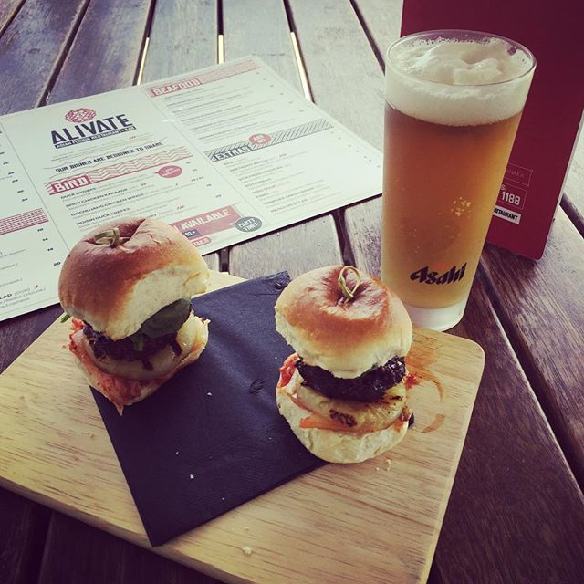 This evening we will be refuelling some exhausted athletes as they hobble back from the Motatapu. Congratulations to everyone who took part whether  you swam, biked or ran. Come and get yourself some Asian fusion beef sliders and wash them down with a refreshing @asahisuperdrybeer. Go on you deserve it! #asahisuperdry #asianfusion #motatapu2017 #hoisin #5spice #siracha #kimchi