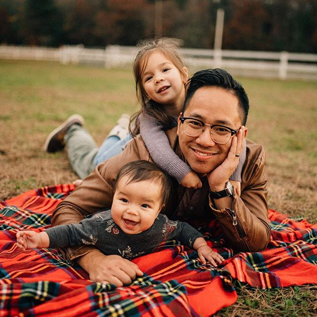What are you thankful for? 🤔😊 . . . . . . . . . . #gavril #newengland #photographer #d750 #massachusetts #connecticut #familyportrait #familysession #thebloomforum #lookslikefilmkids #familyfun #familyphotographer #dirtybootsandmessyhair #thefountcollective #colorchasechallenge #ccc_brown #parenthood_moments #thehonestlens #portrait_perfection