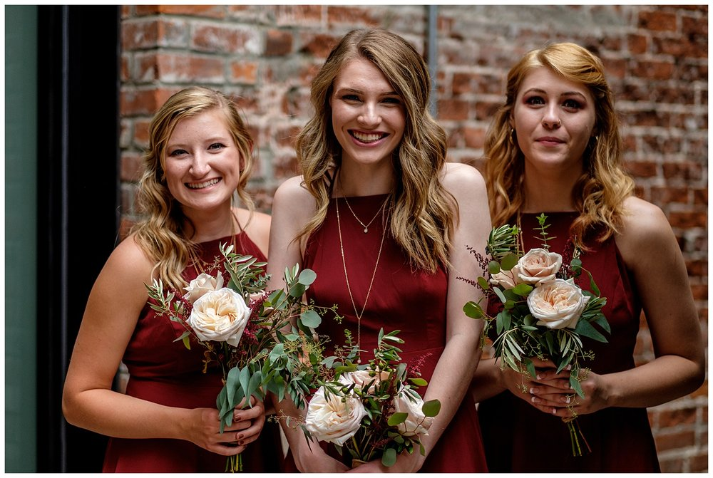 TheSmythCollective-Best-Cincinnati-Wedding-Photographer-Urban-Downtown-Covington-Wedding-23.jpg
