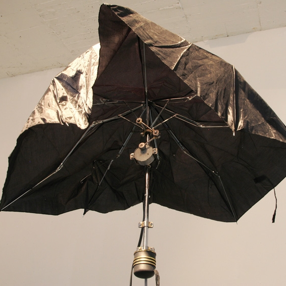 broken_umbrella_2.jpg