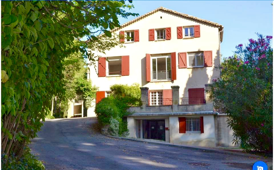 IS Aix-en-Provence International Language School