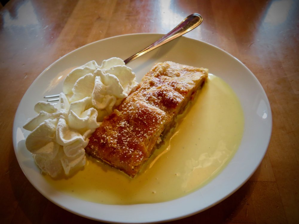 This is it! The best strudel in the Dolomites!