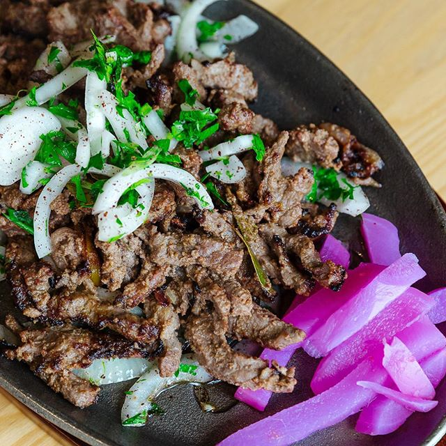 Sizzling slow cooked lamb is so good you can smell it before it even gets to your table ⠀⠀⠀⠀⠀⠀⠀⠀⠀⠀⠀⠀ ⠀⠀⠀⠀⠀⠀⠀⠀⠀⠀ ⠀⠀⠀⠀⠀⠀⠀⠀⠀⠀⠀⠀ ⠀⠀⠀⠀⠀⠀⠀⠀⠀⠀⠀⠀ ⠀⠀⠀⠀⠀⠀⠀⠀⠀⠀ #middleeasternfood #food #sydney #fattoushsalad #foodandwine #cocktails #newtown #fortheloveoffood #foodgram #oldcitykitchenbar #sydneyeats #healthyfood #medditeraneanfood #fusioncuisine #foodstagram #sydneyfoodies #happyhour #hummus #babaganoush #labne #dips #lamb #slowcookedlamb #sizzlingplate