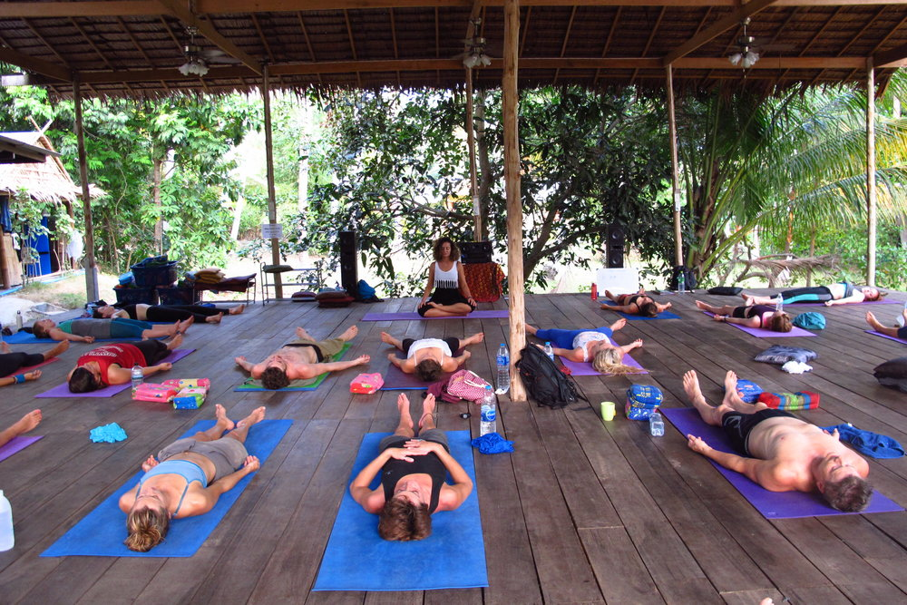 yoga teacher training - 1love1heart