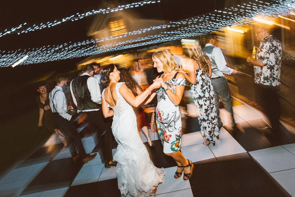 Blog-WEDDING - RYAN + AMY NZ-105.jpg