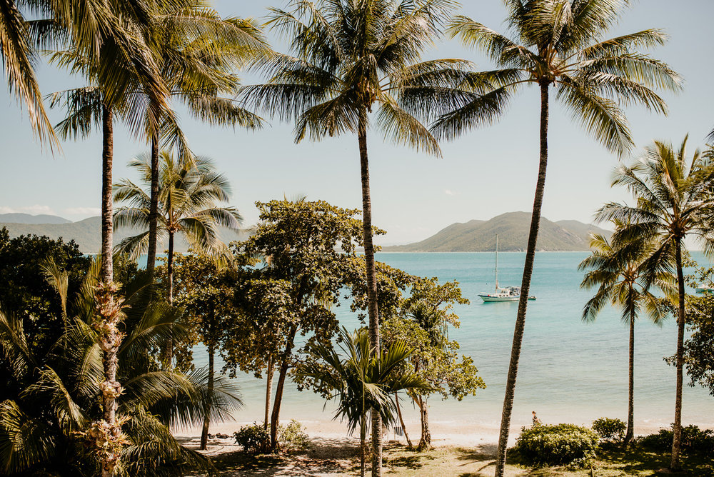 The Raw Photograpger - Fitzroy Island wedding.jpg