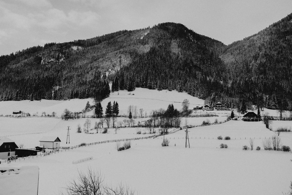 The Raw Photographer - Euro Trip - Destination Wedding - Austria Italy England Vence-15.jpg