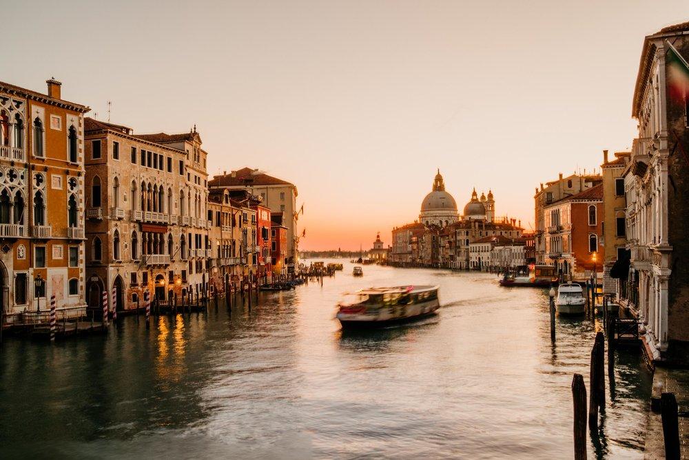 The Raw Photographer - Euro Trip - Destination Wedding - Austria Italy England Vence-26.jpg