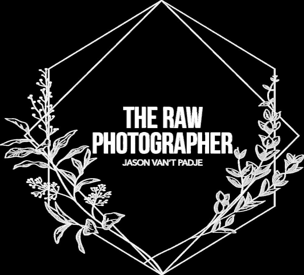 WHITE EMBLEM - The Raw Photographer