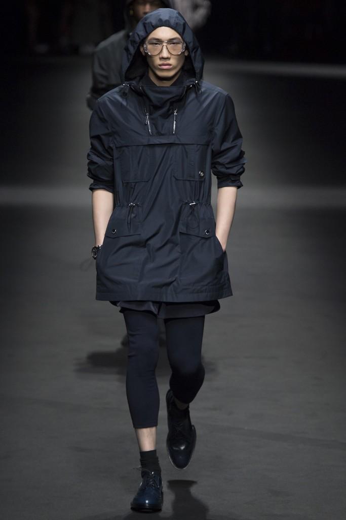 Versace_ss17-683x1024.jpg