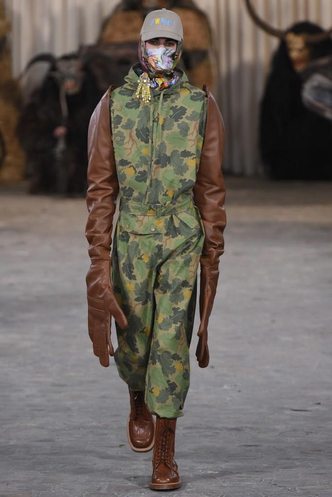 Walter-Van-Beirendonck-Vogue-Runway-AW17-3-683x1024.jpg