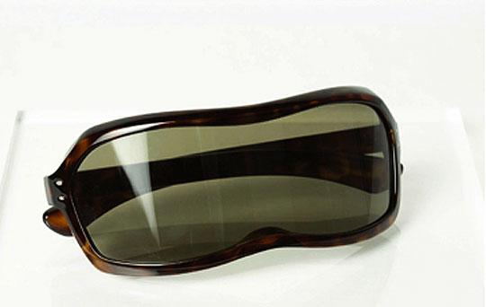 martin-margiela-spring-summer-2009-sunglasses-1.jpg
