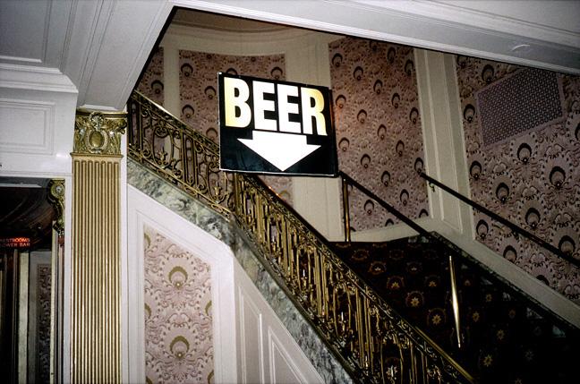 24_nick_zinner_beer_sign_milkaukee.jpg
