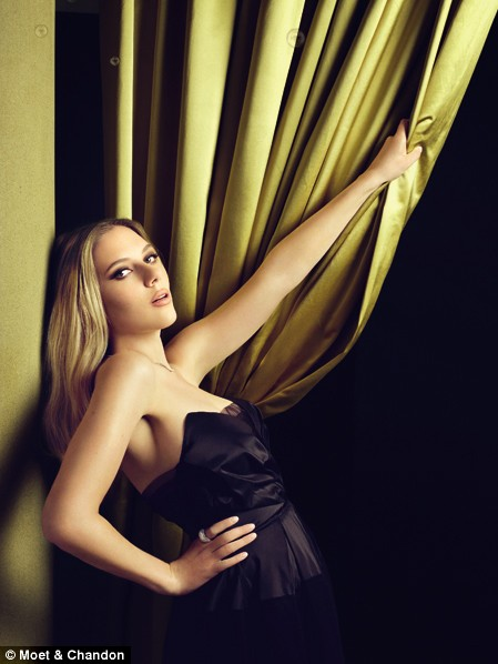 scarlet-johansson-for-moet-and-chandon-4.jpg
