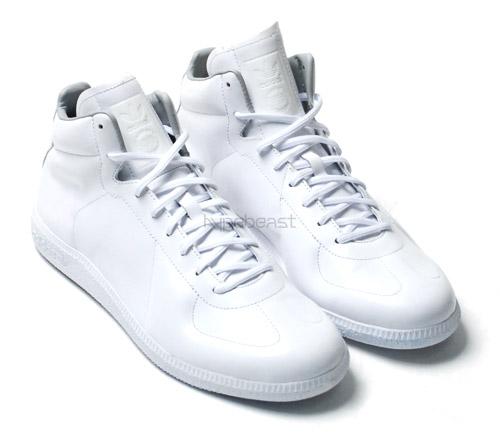 adidas-originals-2008-fw-clean-pack-2.jpg