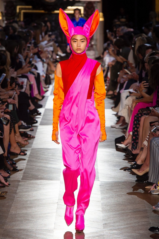 Schiaparelli_AW18_couture 1.jpg