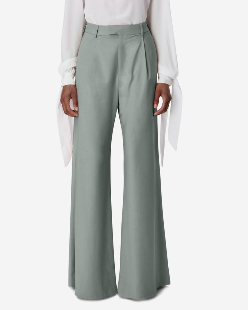 MODEL_PYERMOSS_WIDELEG_TROUSER_GRE_000_1000x1000.jpg