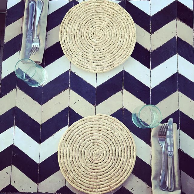 Table setting 🌟 #fireandcremerentals #fireandcremestyle #moroccanvibe