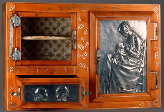 Alexandre Charpentier,  Layette , Brussels, Musées royaux d'Art et d'Histoire