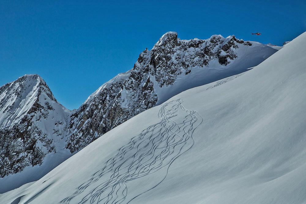 zuba-ski-chamonix-heliski-day-mont-blanc-2-flights-003.jpg