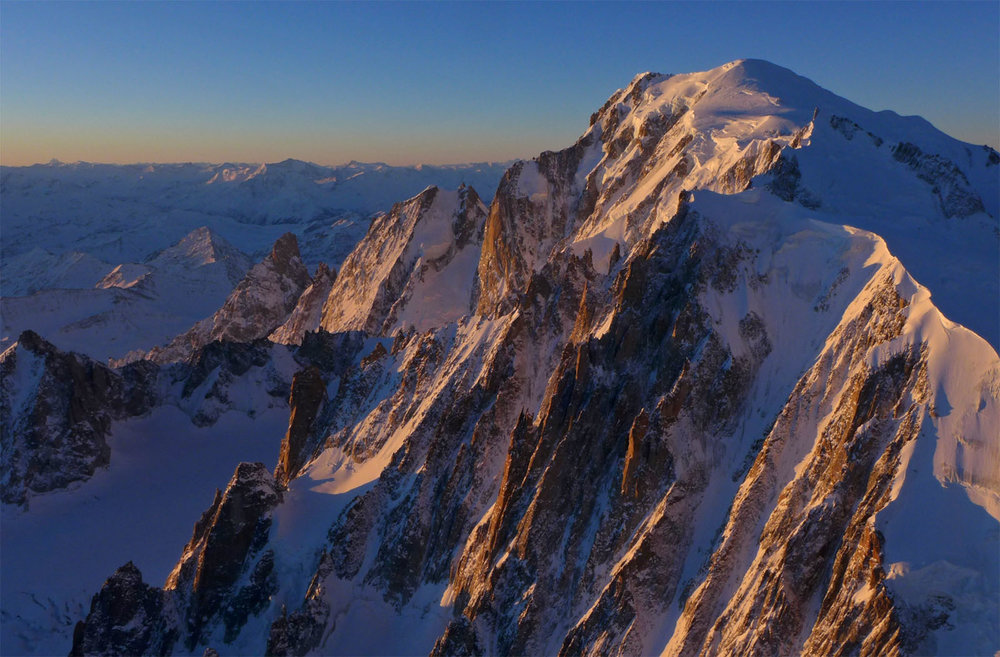 zuba-ski-chamonix-heliski-day-mont-blanc-5-flights-005.jpg