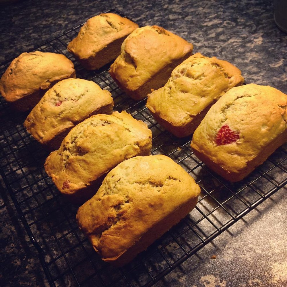 mini banana strawberry bread
