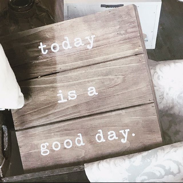 Today is a good day, to have a good day💜 #goodday