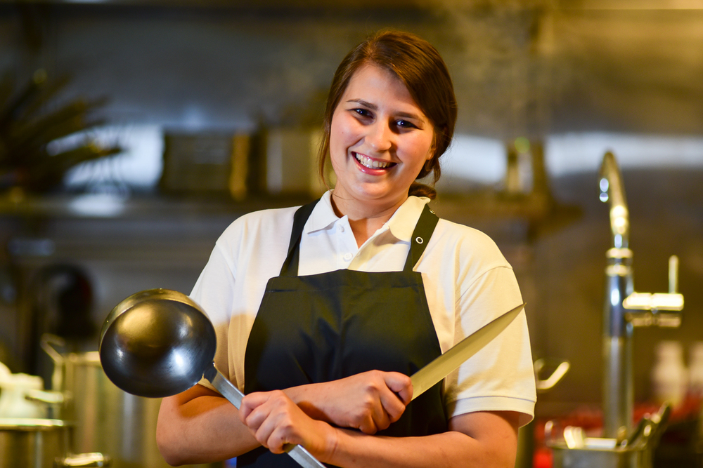 Sona Karadschajew I Chef de Partie