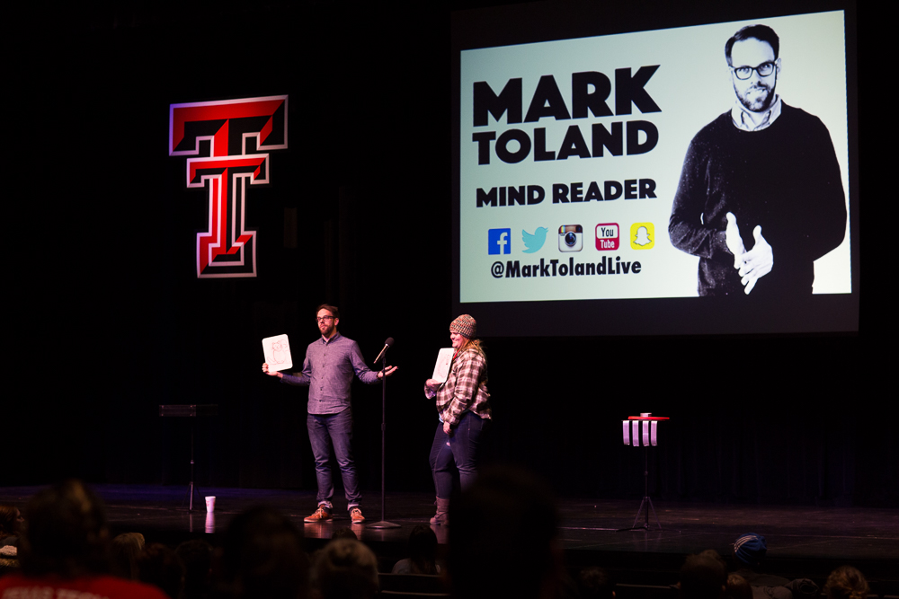 Mark Toland Corporate Entertainer-215.jpg