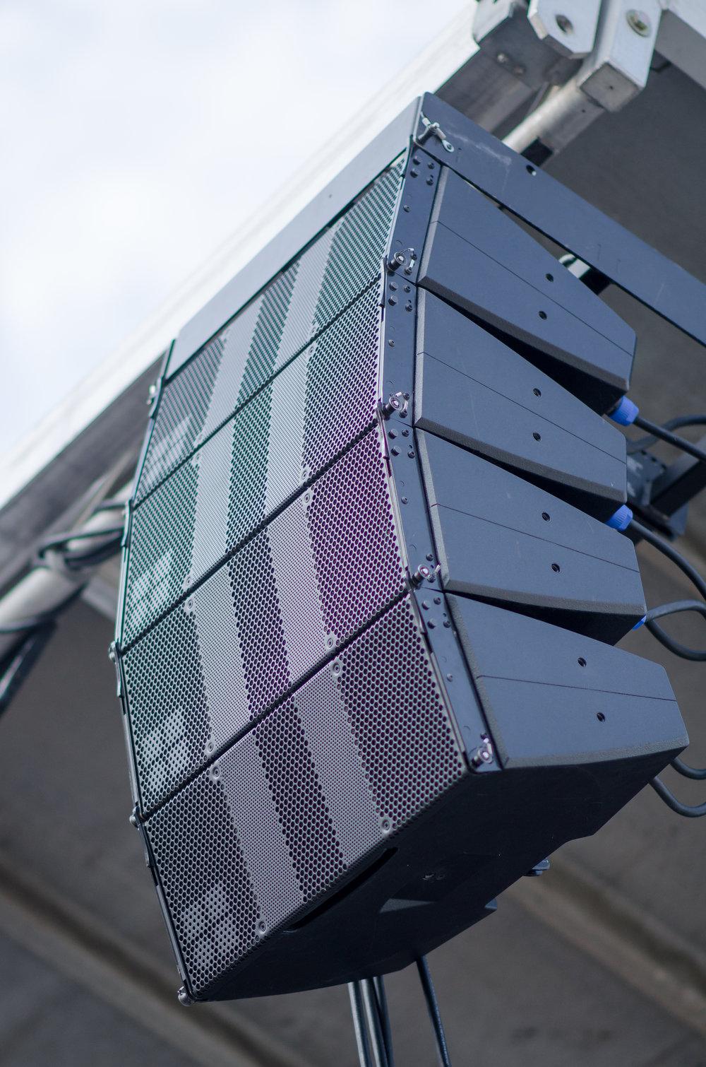 Integration Speaker Outdoors