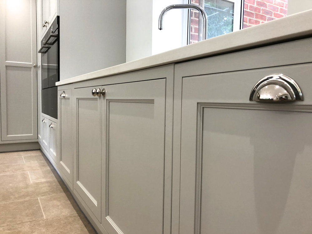 White Grey Shaker Wood Kitchen Oxfordshire 986.jpg