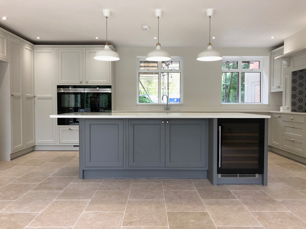 White Grey Shaker Wood Kitchen Oxfordshire 977.jpg