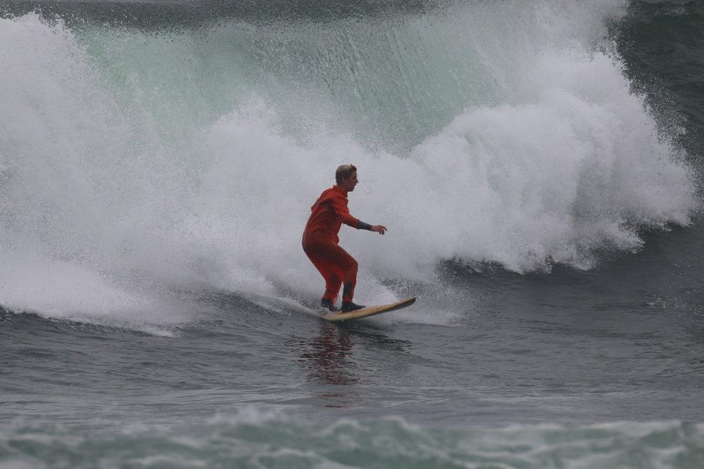 haoleween surf4.jpg