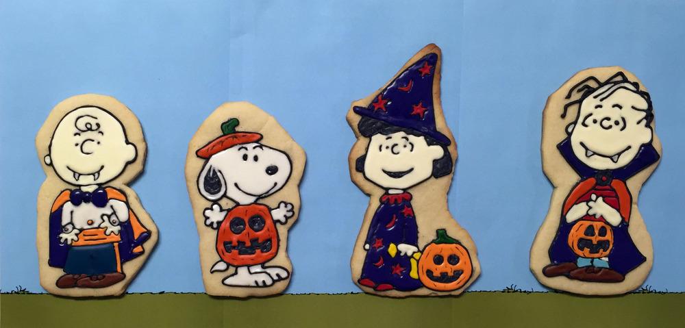 peanuts-halloween-cookies-header.jpg