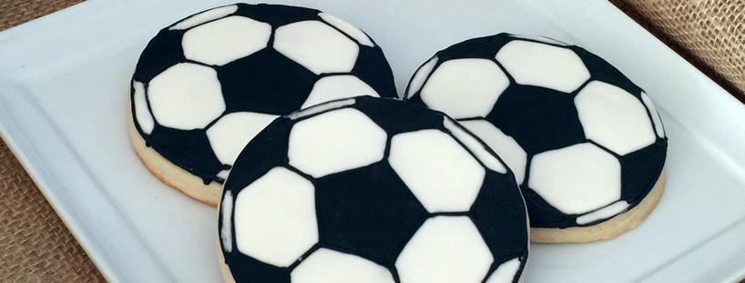 soccer-ball-sugar-cookies.jpg