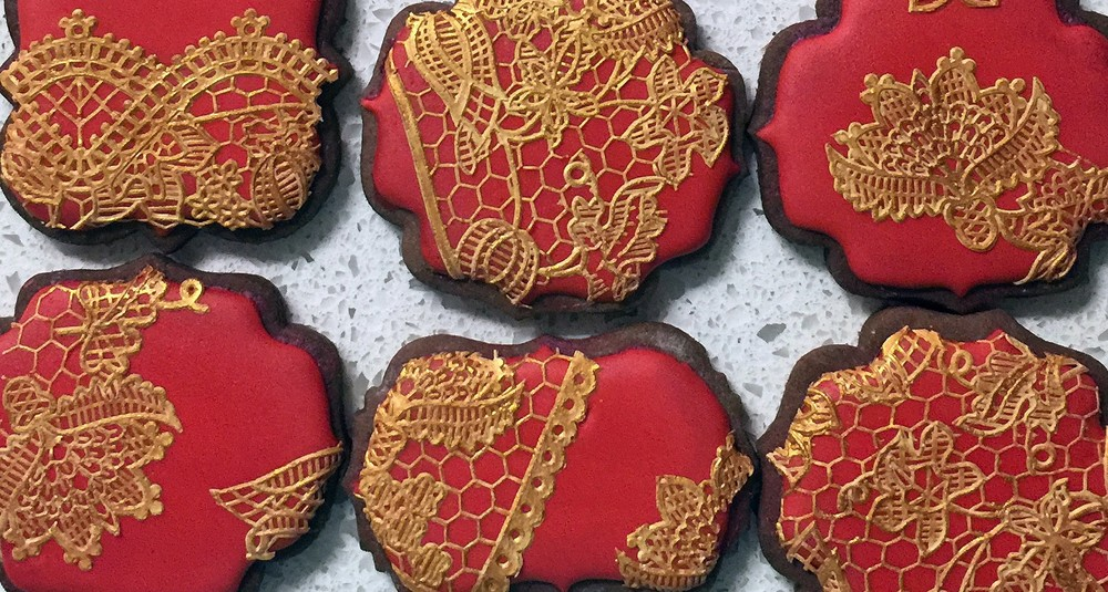 cake-lace-cookies1-e1446527565996.jpg