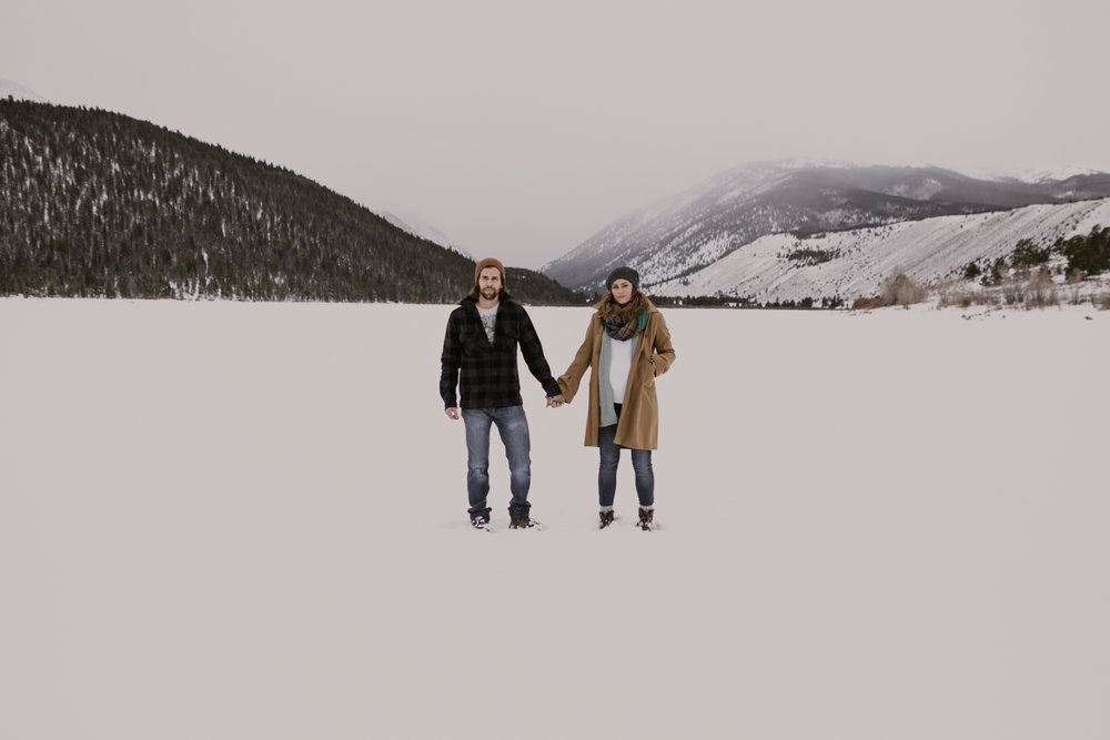 snowy-mountain-colorado-couples-shoot-2.jpg