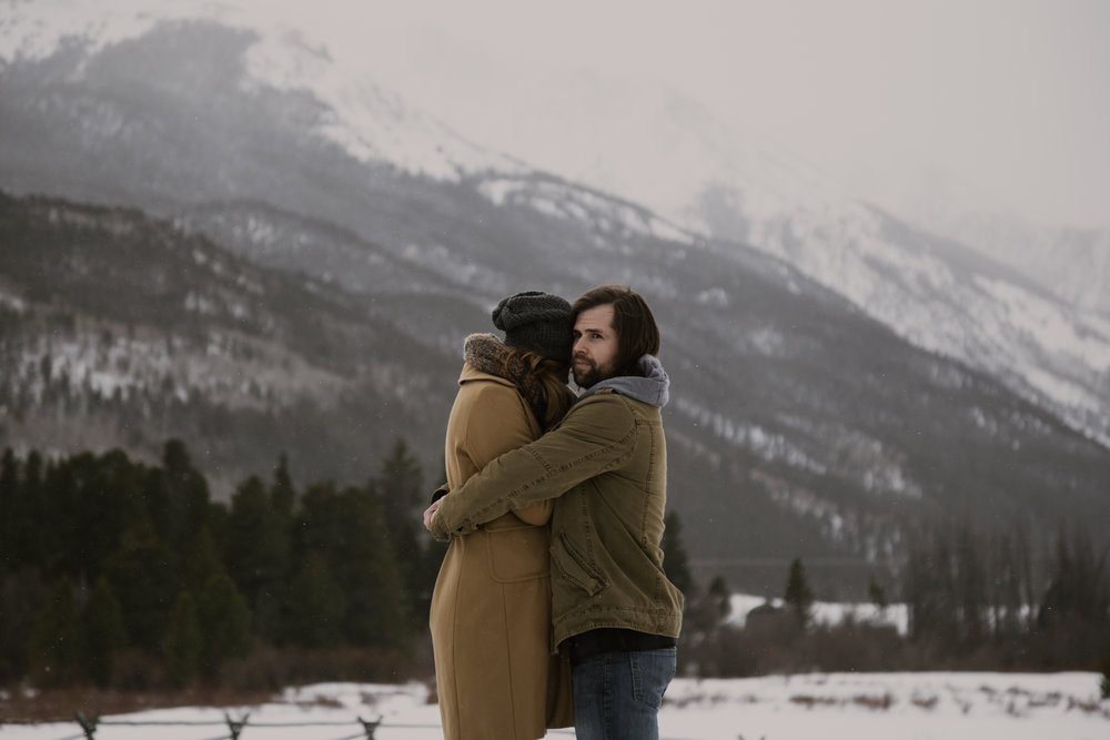 snowy-mountain-colorado-couples-shoot-14.jpg