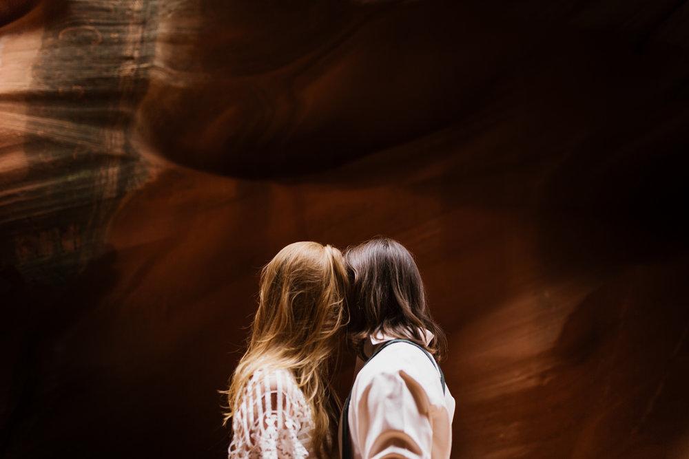 horseshoe-bend-slot-canyon-engagements-26.jpg